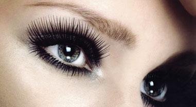 eyelashes Hướng dẫn chải mascara cho lông mì dày và cong