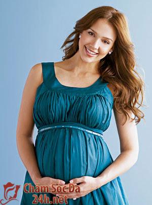 Lấy lại vóc dáng xinh đẹp và tự tin sau khi sinh một cách an toàn tại nhà
