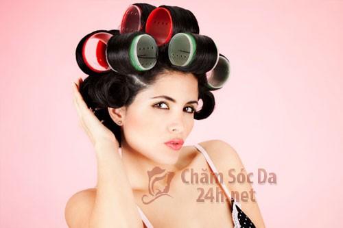 lo uon toc2 Bí quyết giúp tóc giữ nếp, uốn lô theo chiều bạn muốn