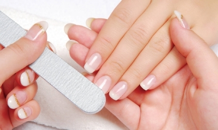 Cách chăm sóc da tay vào ngày lạnh cuối năm