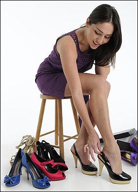 Giảm đau chân khi mang giày cao gót