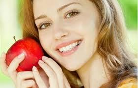 Mặt nạ táo và lê giúp da trắng hồng
