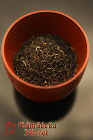 Làm đẹp da với trà đen