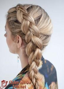 Mẫu tóc lệch duyên dáng cho mùa hè thu