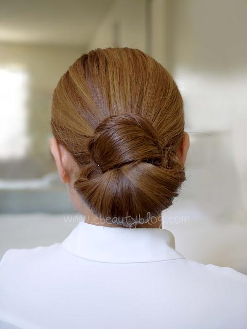 Mẫu búi tóc kiểu cổ điển sang trọng