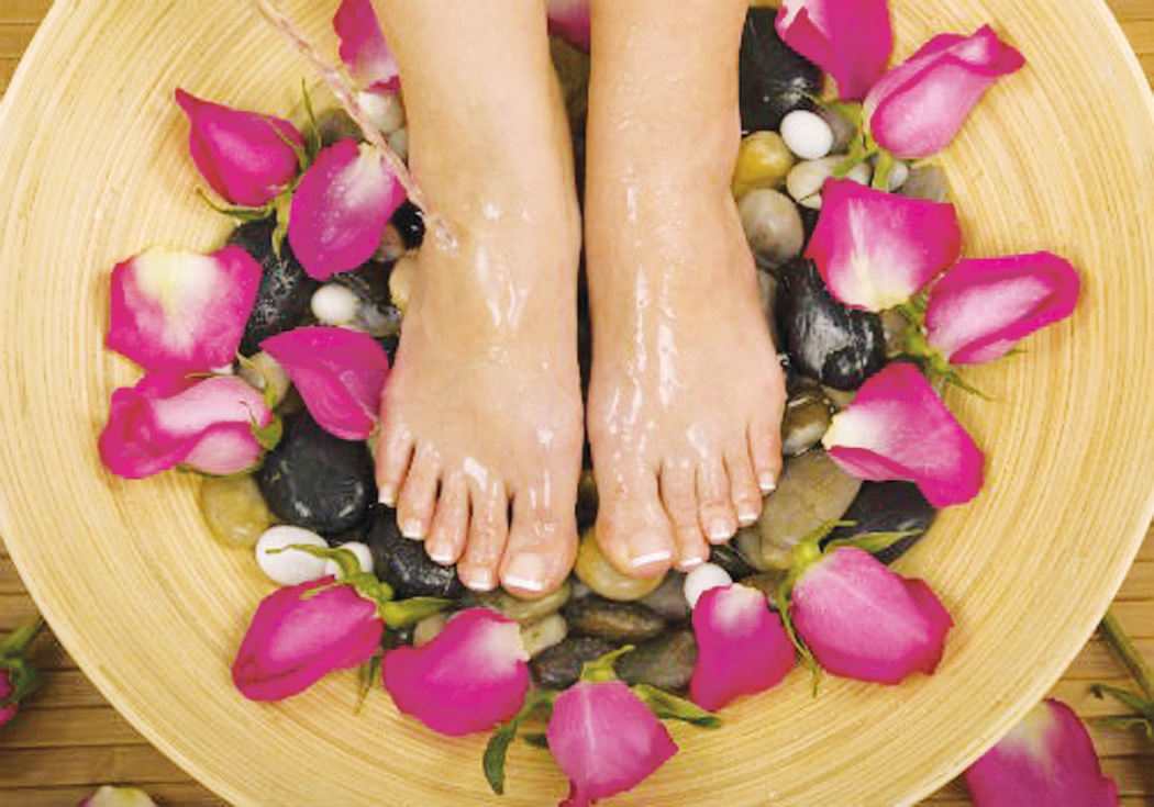Cách chữa trị nứt gót chân hiệu quả bằng phương pháp tự nhiên
