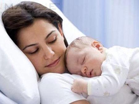 Sau khi sinh bà mẹ nên ăn gì ?