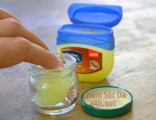 Bí quyết chăm sóc da không bị khô nẻ trong mùa đông lạnh