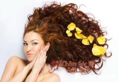 Cách khắc phục tóc dầu trong mùa hè